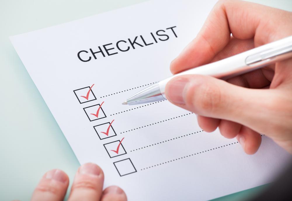 چک لیست | 12 ترفند ضروری در مورد سفر