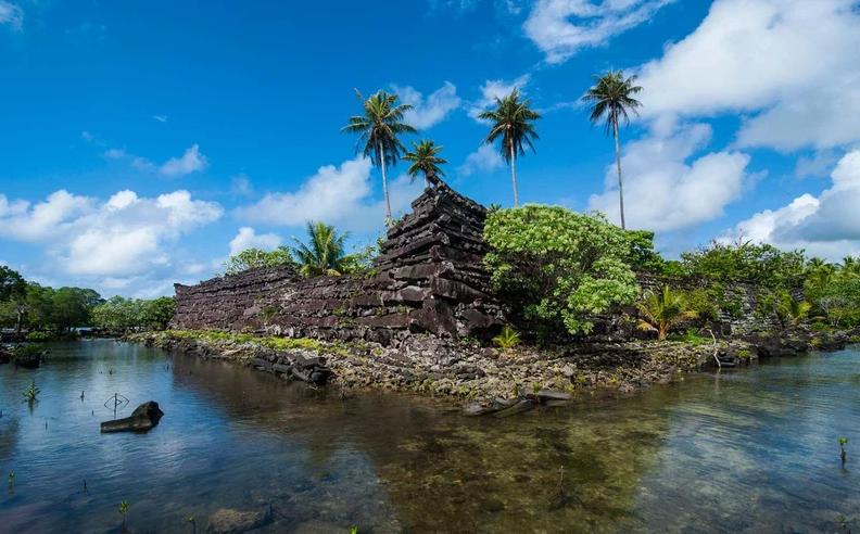 جزیره اسرارآمیز در اقیانوس آرام