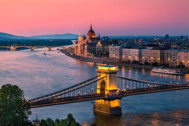 دانوب بوداپست مجارستان