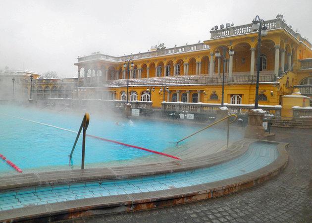 شهرهای آبگرم تاریخی بوداپست مجارستان
