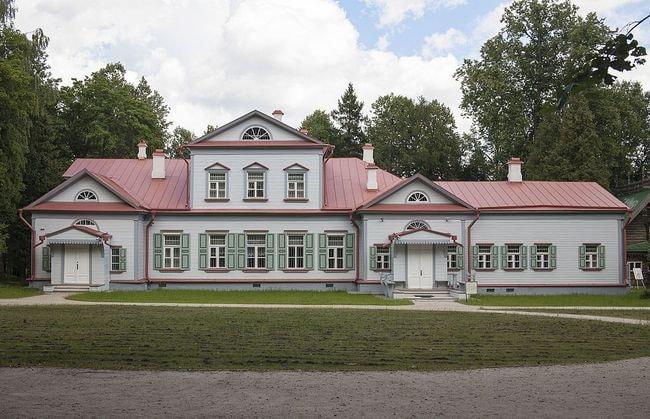 موزه آبرامسوو | روسیه