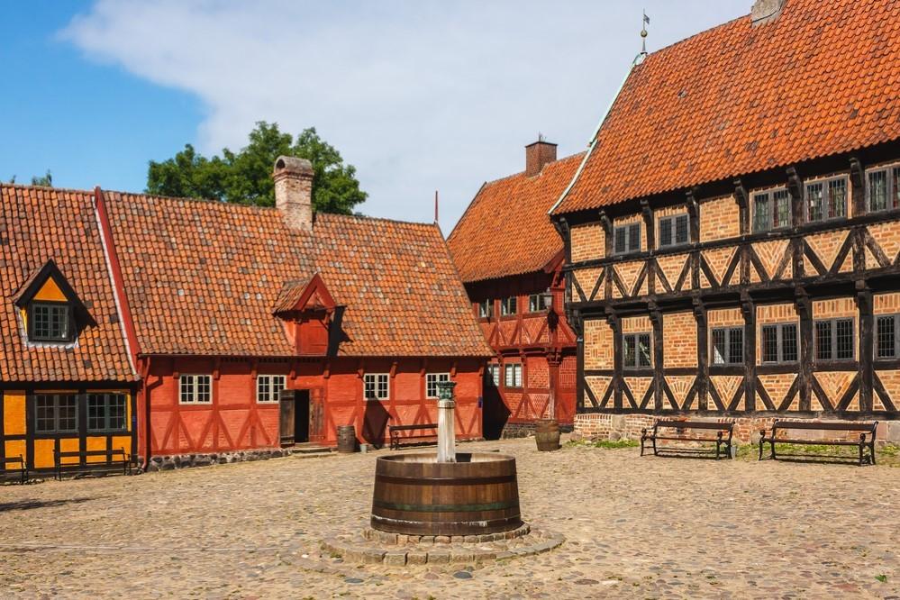 موزه «دن گامله بی در شهر آرهوس» (Den Gamle By in Aarhus)