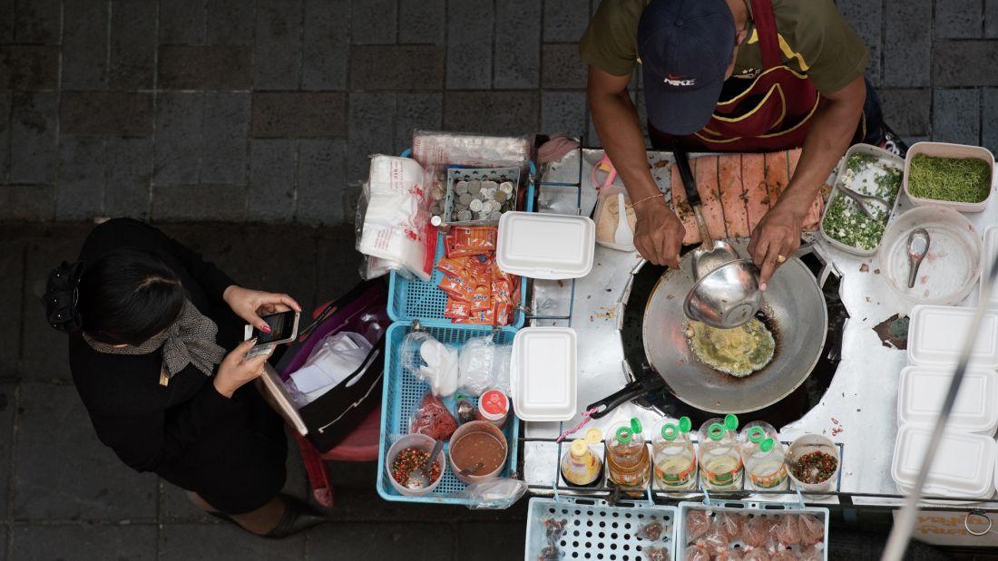 غذای خیابانی تایلند