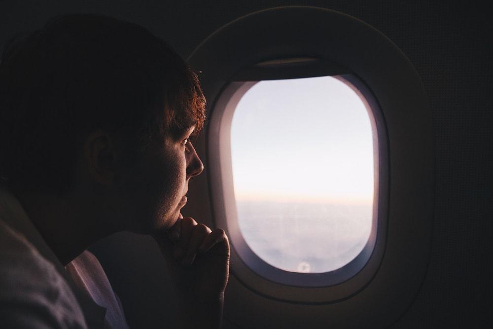 دلیل باز بودن روکش هواپیما