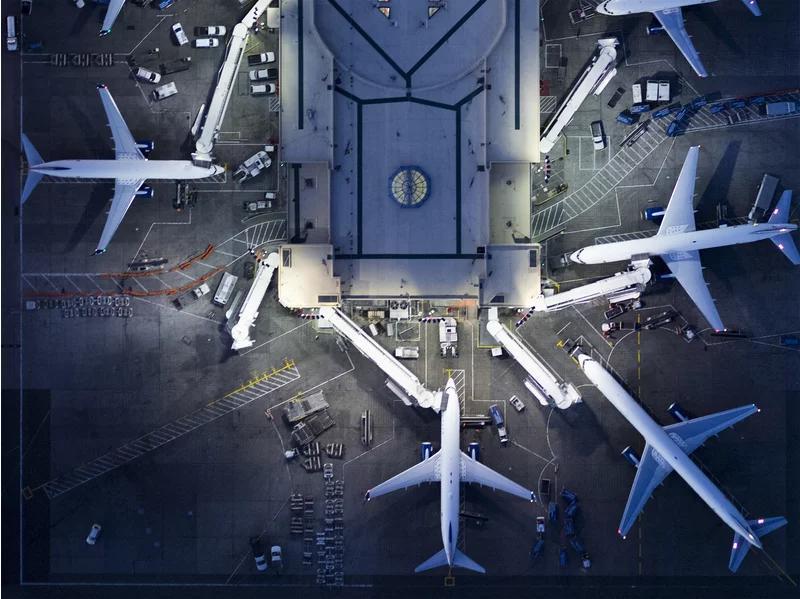 ۷ راه کاهش استرس هنگام پرواز | رزرو آنلاین بلیط هواپیما
