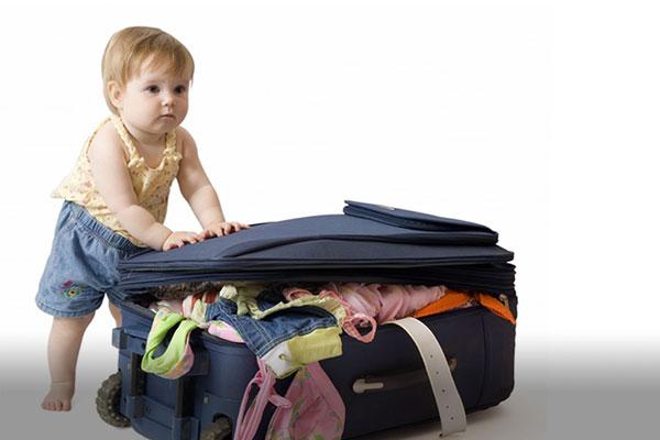 از سفر کردن با کودک خود لذت ببرید