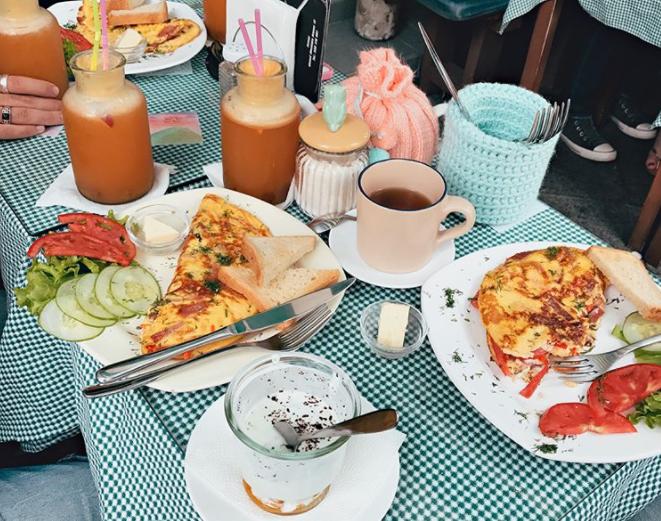 صبحانه و برانچ در باتومی