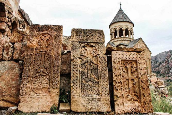 56-3962375-جاذبه های گردشگری ارمنستان - صومعه نوراوانک