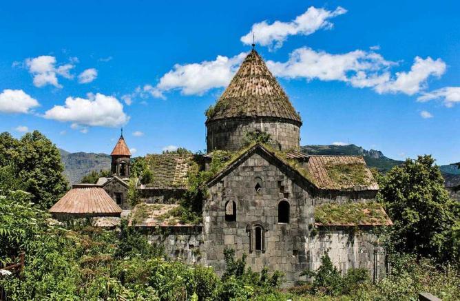 56-3962375-جاذبه های گردشگری ارمنستان - صومعه ساناهین