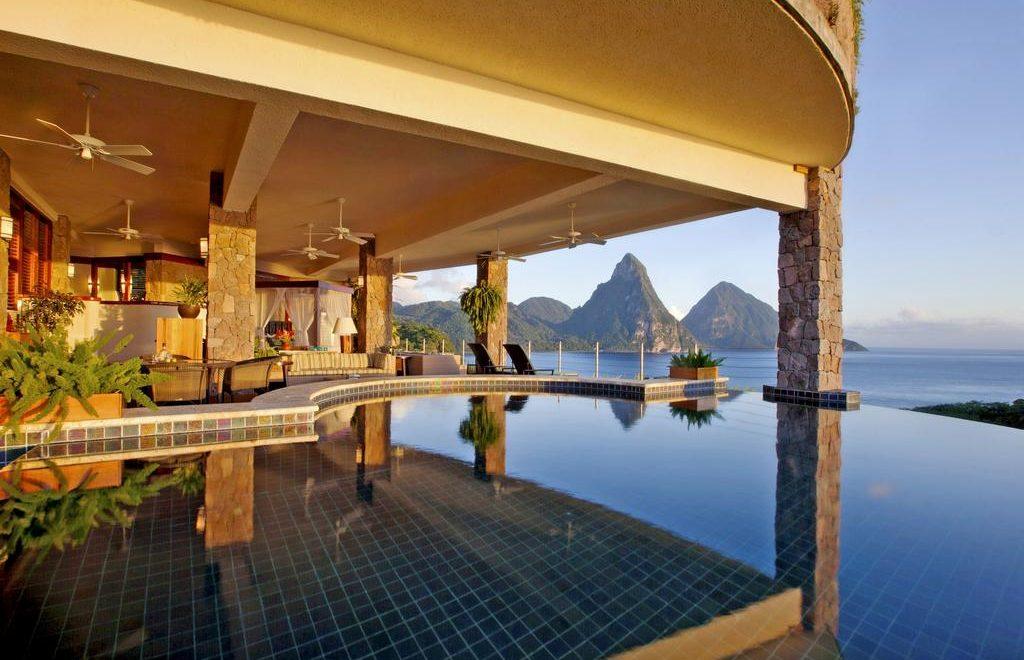 معرفی 6 هتل زیبا و رویایی