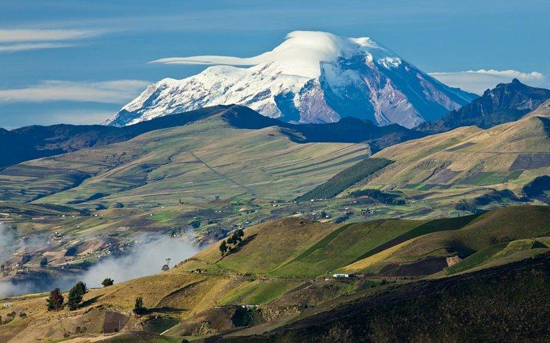 بلند ارتفاع ترین قله در جهان