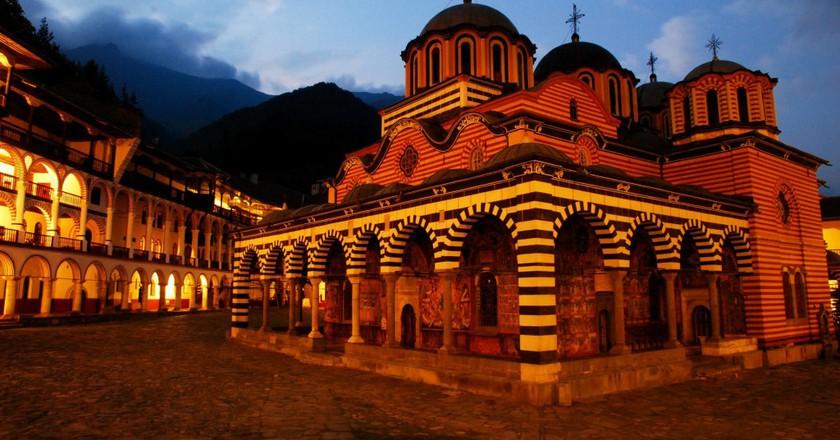 زیباترین صومعه های بلغارستان | فروش آنلاین بلیط هواپیما به مقصد بلغارستان