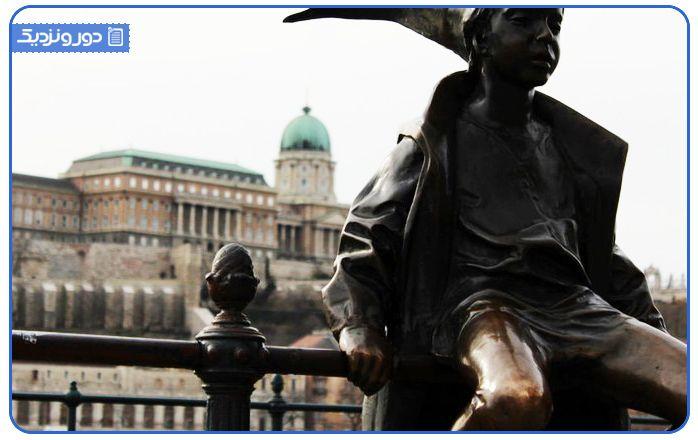 راز مجسمه های بوداپست | فروش آنلاین بلیط هواپیما به مقصد مجارستان