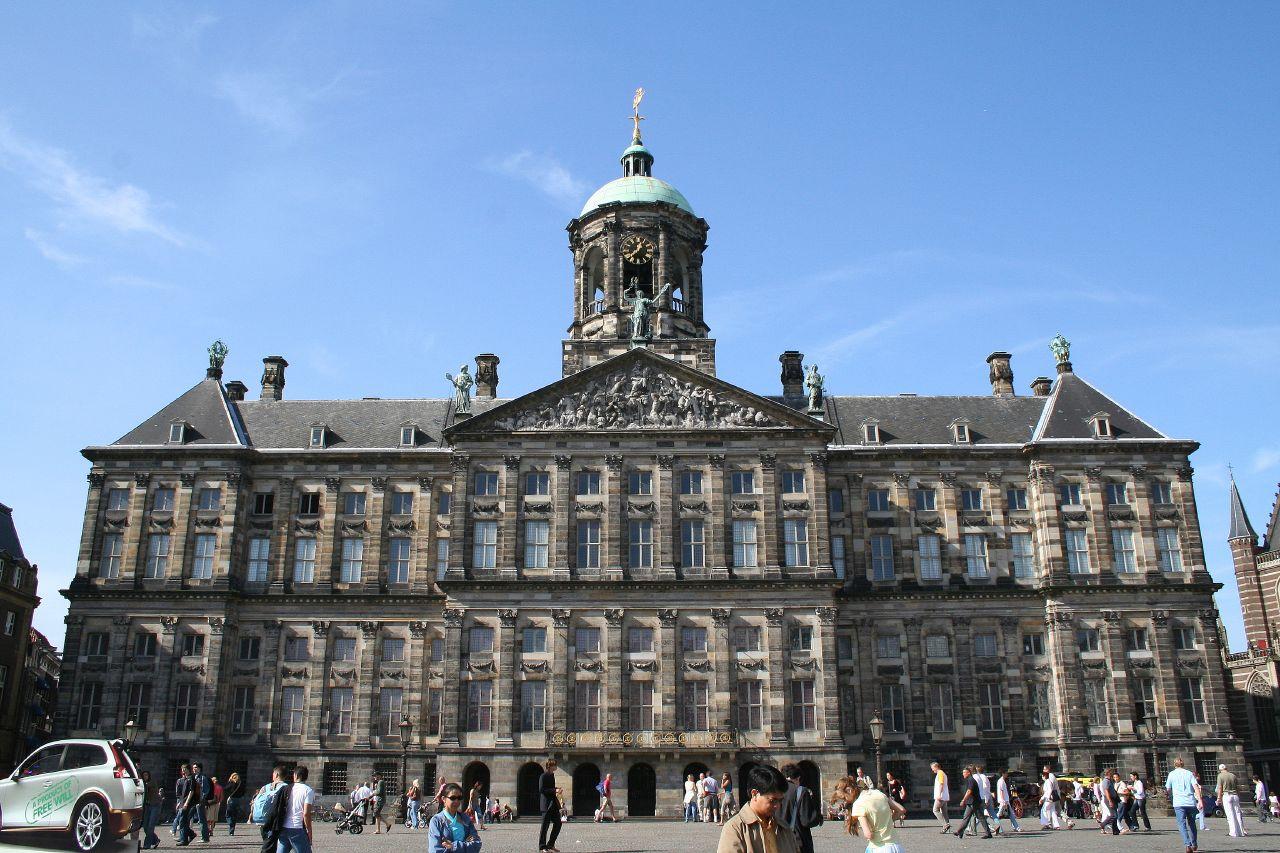 جاذبه های گردشگری هلند - قصر سلطنتی