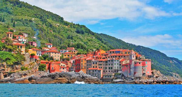 سفر به اروپا - دهکده تلارو در ایتالیا