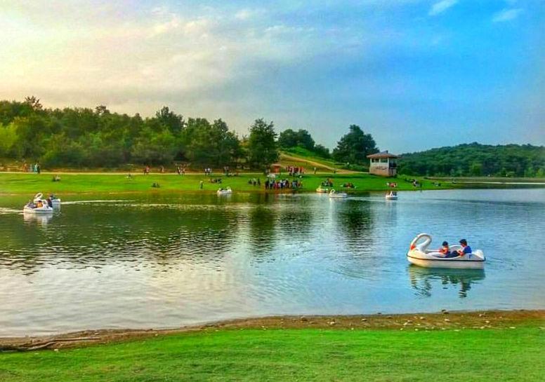 دریاچه سد سقالکسار از جاذبه های گردشگری رشت