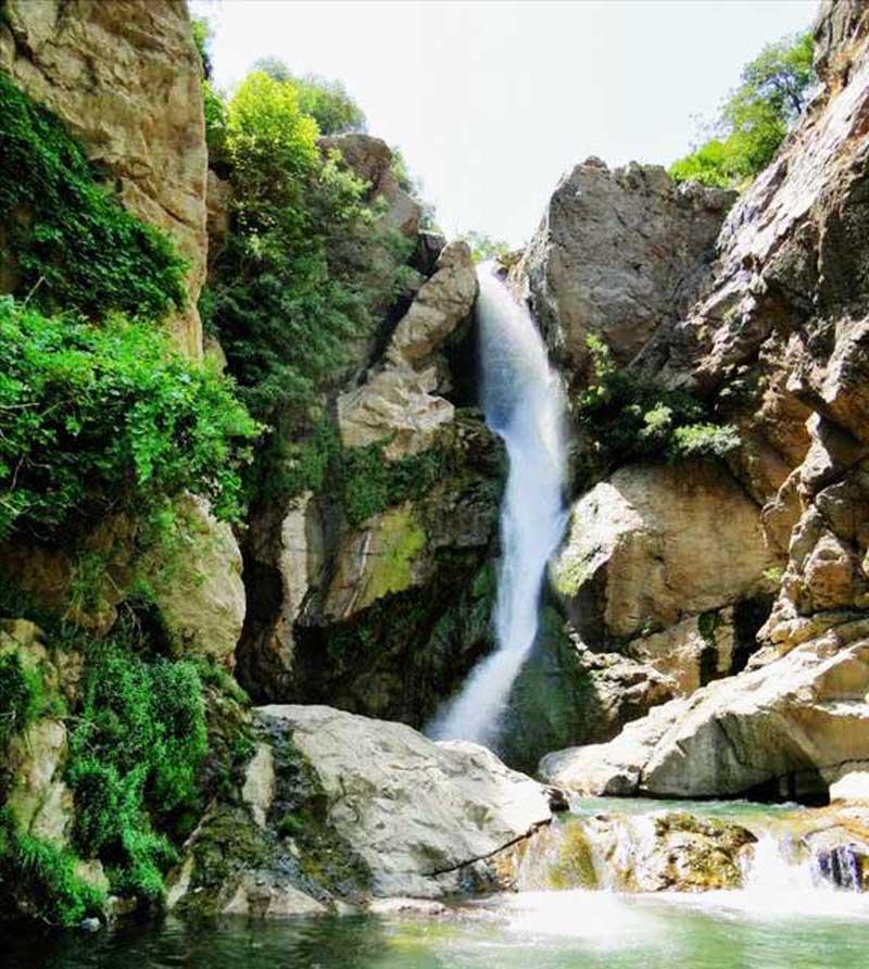 آبشار شملکان از جاذبه های گردشگری ارومیه