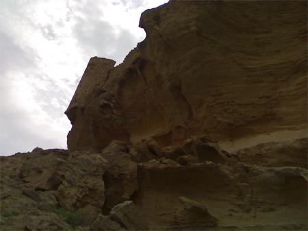 قلعه لشتان از جاذبه های گردشگری بندر لنگه