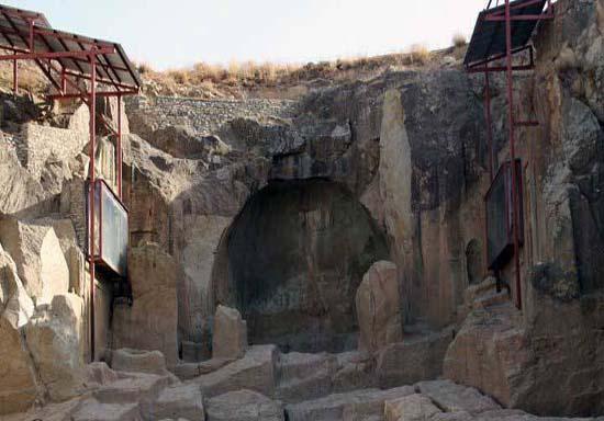 معبد داشکسن یا اژدها
