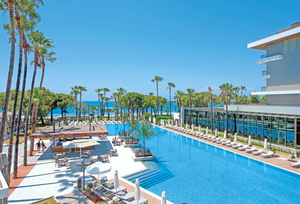 بهترین هتل های ۴ ستاره آنتالیا هتل باروت آکانتوس