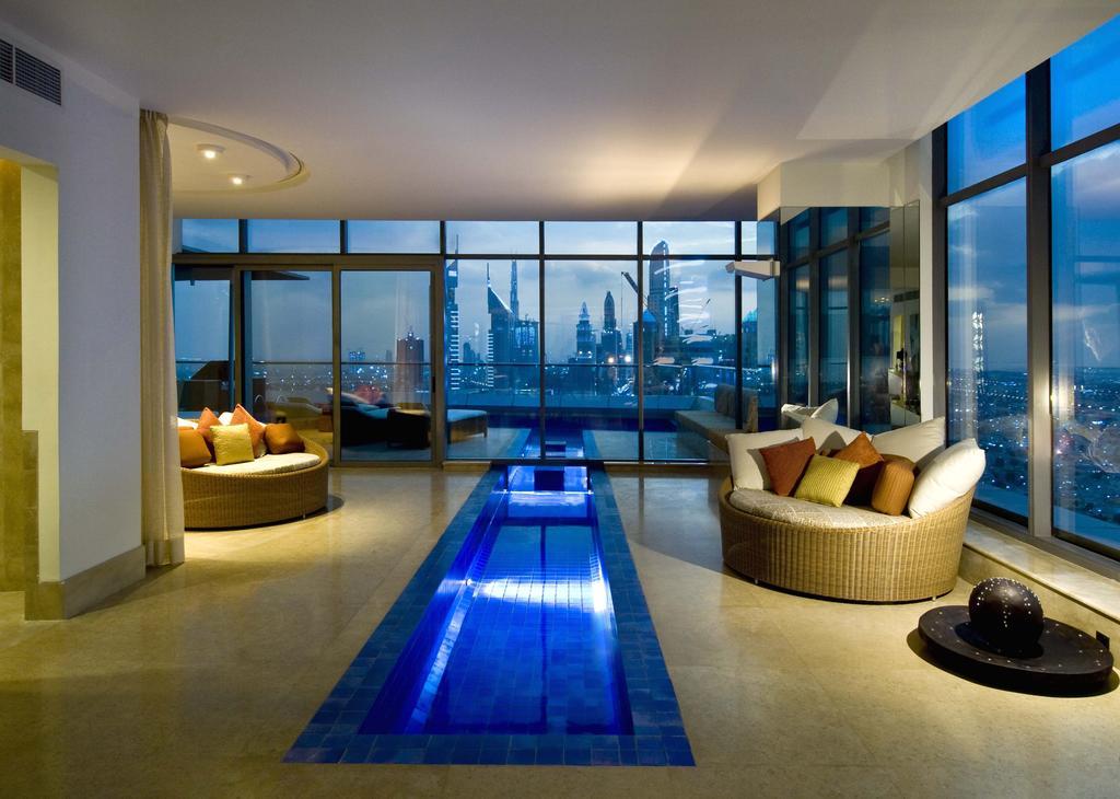هتل اچ از بهترین هتل های دبی