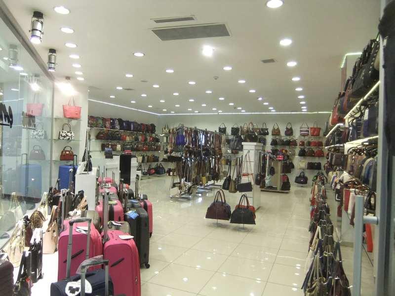 آیدین پریهام ای وی ام از دیگر مراکز خرید وان ترکیه