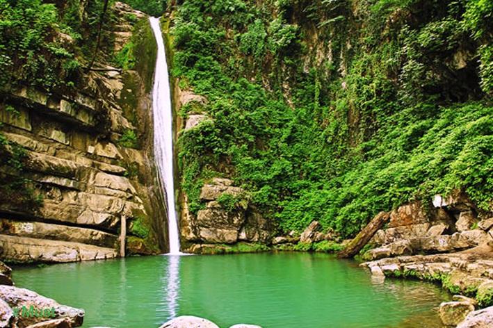 آبشار رنگو گرگان از جاذبه های گردشگری گرگان