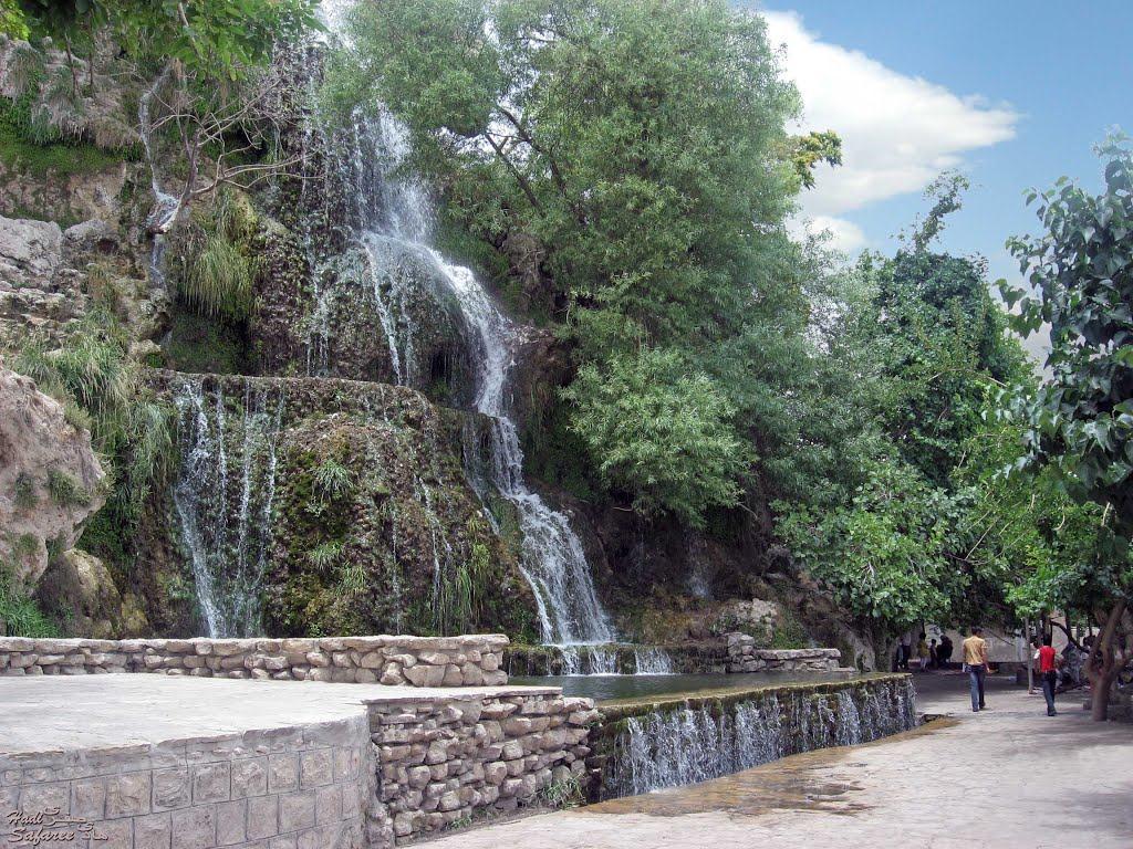 آثار تاریخی خارج از شهر کاشان