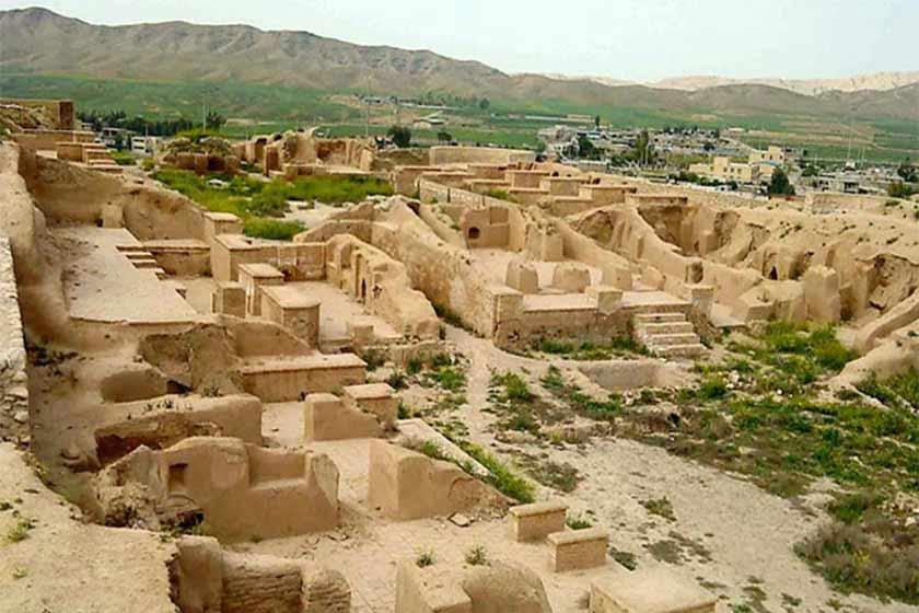 شهر باستانی آسک از جاذبه های بندر ماهشهر