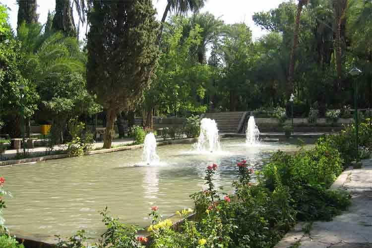 باغ گلشن از جاذبه های گردشگری طبس
