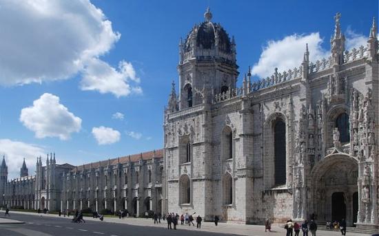 صومعه و کلیسای ژرومینوس از جاذبه های توریستی لیسبون