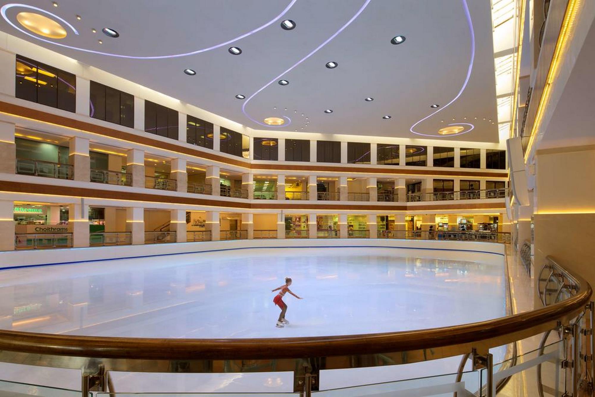 امکانات هتل هایت رجنسی دبی