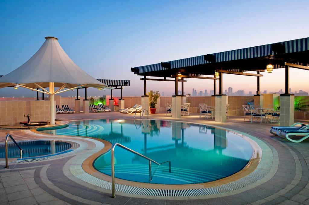امکانات هتل شرایتون گرند دبی
