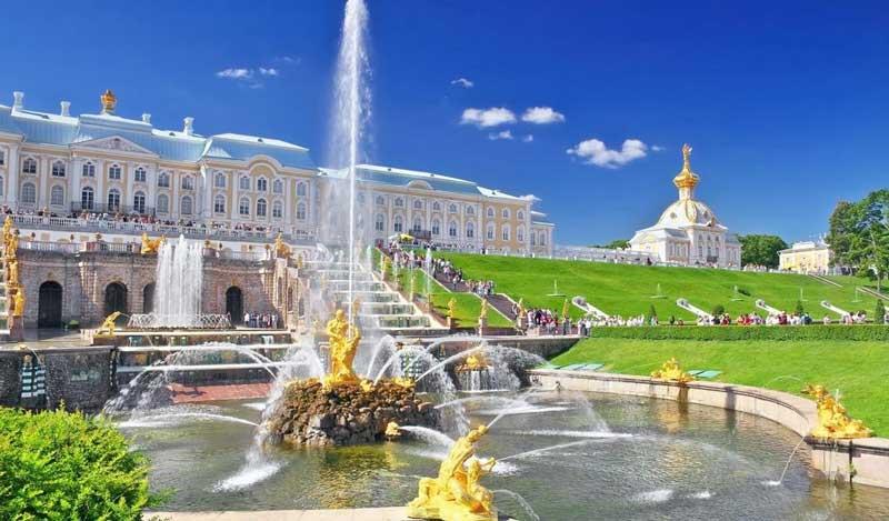 کاخ پترهوف از جاذبه های گردشگری سنت پترزبورگ