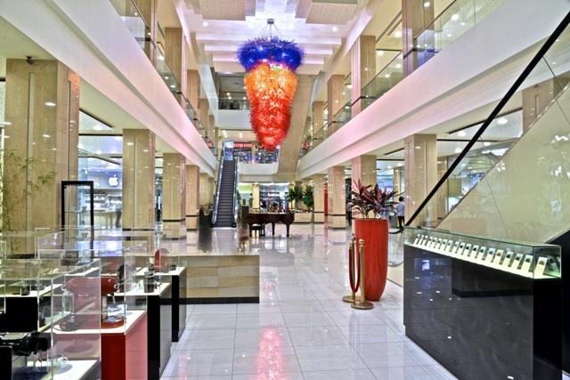 مرکز خرید دامون یکی از مراکز خرید کیش