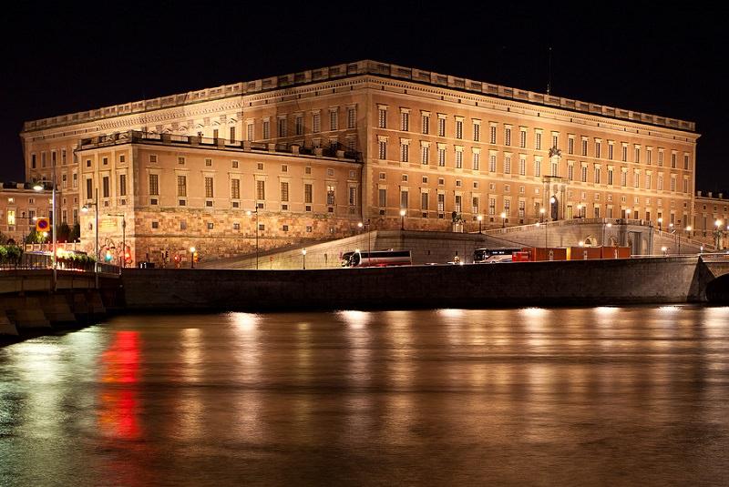 کاخ سلطنتی از جاذبه های دیدنی سوئد