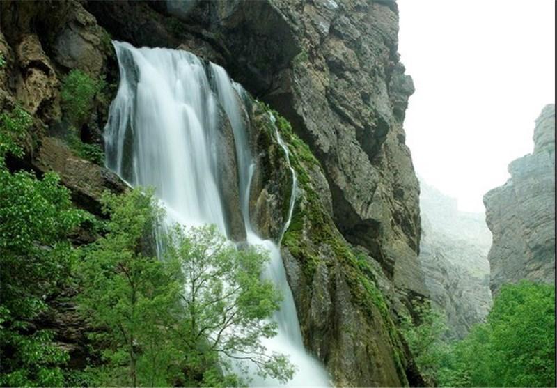 آبشار و چشمهی نیاسر