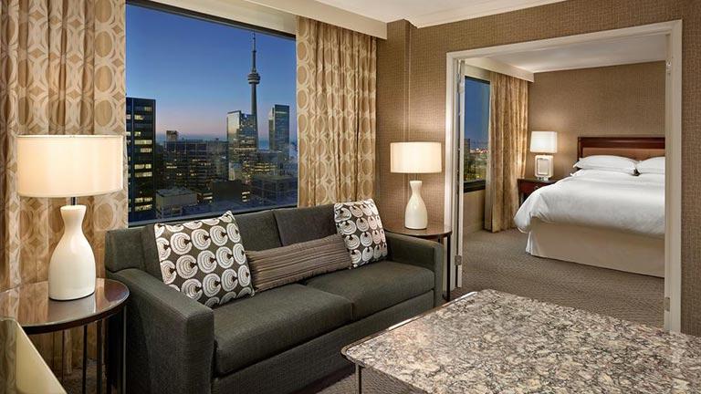 هتل های ۴ ستاره تورنتو هتل شرایتون سنتر