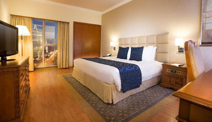 هتل کرون پلازا دبی