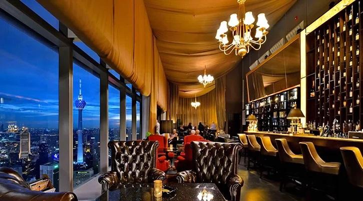 رستوران ها و مراکز خرید در سفر به شهر کوالالامپور
