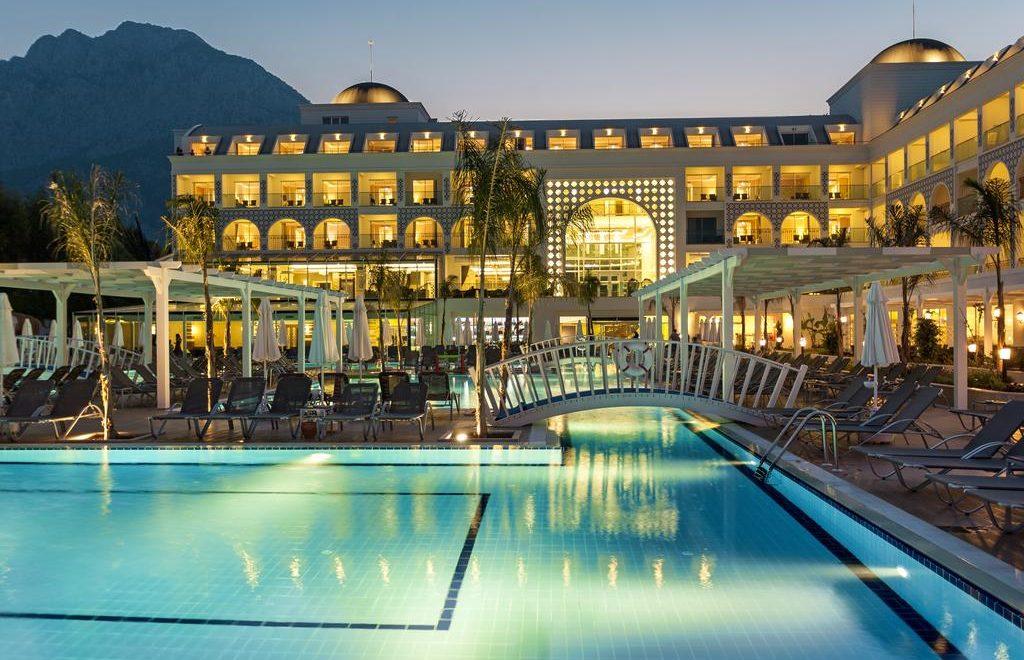 هتل کامیر ریزوزت