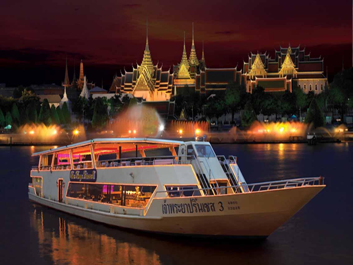 قایق های مسافربری رودخانه چائو فرایا ( Chao Phraya) بانکوک