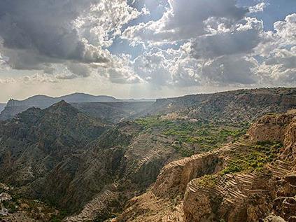 کوه اخضر از جاذبه های گردشگری مسقط