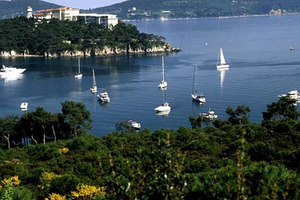 استانبول یا آنتالیابرای تفریح بهتر است؟