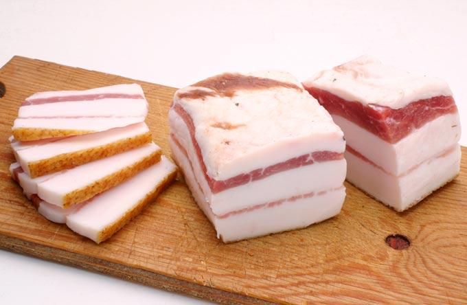 گوشت گوسفند با سیر از غذاهای اوکراین