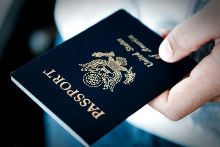 ارائه پاسپورت برای صدور بلیت هواپیما