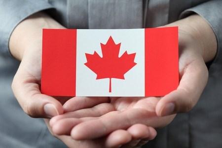 مزایای کارت اقامت دائم کانادا