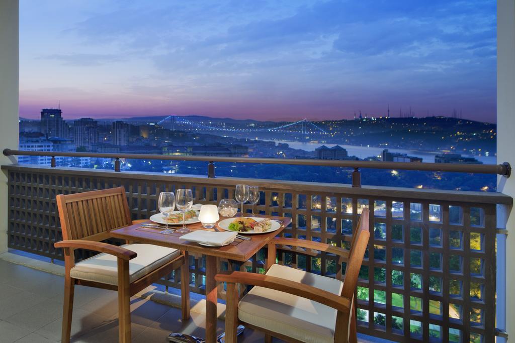 امکانات هتل هیلتون بسفر استانبول
