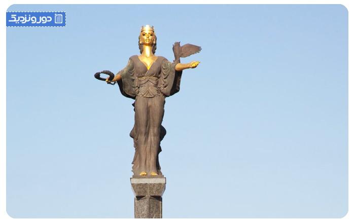 مجسمه ی صوفیه