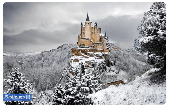 واندرلند زمستانی آلکازار دی سگویا، اسپانیا